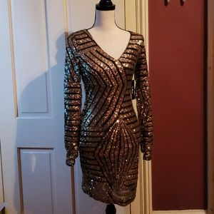 NWT Lulu's sequin dress M Perfect for NYE